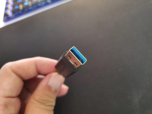 USBハブコネクタ